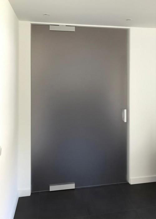 glazen-pivoterende-deur.jpg